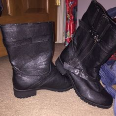 Black pair of boots They're just a slip on boot, the sides have buckles and a zipper, that is for show, but only worn a few times and very clean! Soda Shoes Combat & Moto Boots