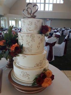 Lace Wedding Cake, Piped Lace Wedding Cake, Piped Flowers, Wedding Cake, Metallic Wedding Cake, Gold Wedding Cake, Simple Wedding Cake, Elegant Wedding Cake