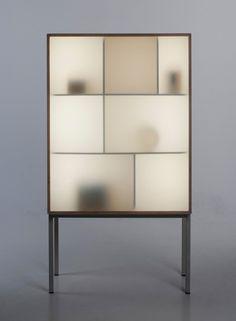 Stine Knudsen Aas . display away cabinet