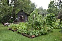 Day Dreaming About a Community Garden I'm in the process of fundraising and building towards a school garden for our neighborhood. We are already well on our way with lots of pu The post Day Dreaming About a Community Garden appeared first on School Diy. Edible Garden, Vegetable Garden, Farm Gardens, Outdoor Gardens, Dream Garden, Home And Garden, Bohemian House, Garden Spaces, Garden Inspiration