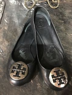 c1948c0acb WONENS TORY BURCH REVA BLACK LEATHER FLATS SIZE 9.5 M silver emblem  #fashion #clothing #shoes #accessories #womensshoes #flats (ebay link)