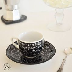 E dopo pranzo sempre un buon caffè.  Always a good and special coffee after lunch #adrialisa #myworks #imieilavori #tazzepersonalizzate #coffee #handwritten #handmade #caffè #coffecups #tazzinedacaffè #black #blackandwhite #scrittoamano #enjoythelittlethings #enjoy #cool #instacool #beauty #igers #instadaily #amazing #awesome #drink #oneoff #oneofakind #caffeine #caffeintazza #coffeshotsrock #coffeelover