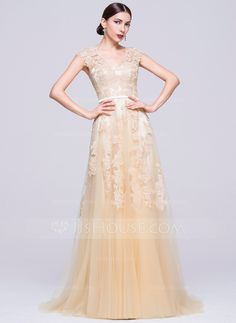 e5f807e53d A-Line Princess V-neck Sweep Train Tulle Evening Dress With Appliques Lace