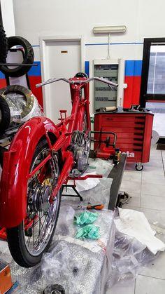 Moto Guzzi Motoleggera 65 in restauro