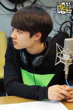 D.O - 140110 MBC-R Pyojun FM Younha's Starry Night website update Credit: Starry Night. (MBC-R 표준FM 윤하의 별이 빛나는 밤에)