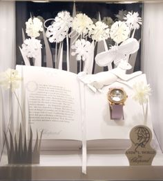Chopard Window Display by Elemental Design.O&M Visual display design Show window Window Display Design, Shop Window Displays, Store Displays, Booth Design, Boutiques, Boutique Decor, Floral Backdrop, Exhibition Display, Visual Display
