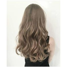 Ideas For Short Hair Color And Highlights Balayage Super Short Hair, Medium Short Hair, Medium Hair Styles, Curly Hair Styles, Dope Hairstyles, Pretty Hairstyles, Korean Hair Color, Dark Blonde Hair Color, Wavy Hair Extensions