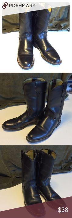 Justin Women's Cowgirl Boots In excellent condition. Rubber soles. Justin Boots Shoes Heeled Boots
