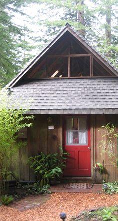 cottage near Mendocino village pet friendly non-smoking special deals