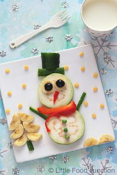 Little Food Junction: christmas Healthy Meals For Kids, Kids Meals, Cute Food, Good Food, Food Art For Kids, Childrens Meals, Edible Food, Xmas Food, Food Crafts