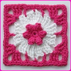 pinwheel and pop-corn flower w. free pattern
