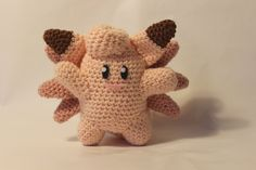 clefable made by pokemon crochet challegen Diy Crochet, Crochet Crafts, Crochet Toys, Crochet Projects, Amigurumi Doll, Amigurumi Patterns, Crochet Patterns, Pokemon Craft, Pokemon Party