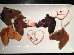 great horse cookies (cut out sugar cookies awesome) Royal Icing Cookies, Cupcake Cookies, Sugar Cookies, Cookies Et Biscuits, Cupcakes, Fondant, Horse Cookies, Animal Cookie Cutters, Horse Cake