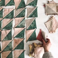 botanical-patchwork-triangle-quilt Textiles, Natural Dye Fabric, Natural Dyeing, Sewing Crafts, Sewing Projects, Stripped Wallpaper, Modern Quilting Designs, Make Do And Mend, Quilt Stitching