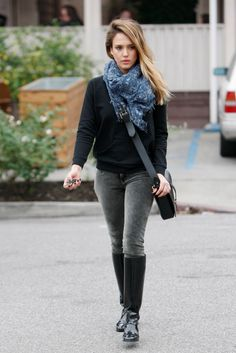Shop Jessica Alba's look for $98: http://lookastic.com/women/looks/scarf-and-crew-neck-sweater-and-crossbody-bag-and-skinny-jeans-and-rain-boots/1477 — Navy Print Scarf — Black Crew-neck Sweater — Black Leather Crossbody Bag — Charcoal Skinny Jeans — Black Rain Boots
