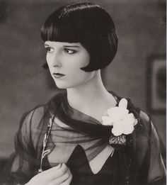 Louise Brooks and her amazing black bob. 1920's hair #ArtDeco #JazzAge louise brooks, art blog, inspir, contemporary art, collages, louis brook, artist, julia geiser, illustr