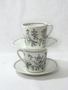 Vintage Arabia Finland Emilia Teacups These're only so hard to find any more.
