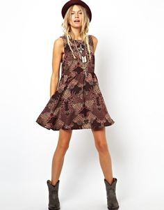 Image 4 ofASOS Reclaimed Vintage Smock Dress In Paisley Print