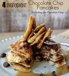 Quick, Easy, and (believe it or not) HEALTHY Pancakes! - 4 ingredients and 10 minutes for a great breakfast :)