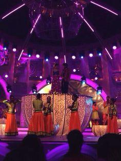 Deepika Padukone & Ranveer Singh rehearse for Zee Cine Awards | PINKVILLA