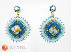 RESTYLING  Sono partita dal quadratino di vetro di Murano ed ecco come sono diventati gli orecchini per la signora Angela! Cosa ne dite?  #raffaelladeangeli #prodottounico #fattoamano #artigianatoartistico #artigianiitaliani #madeinitaly #gioielli #gioiellifattiamano #gioiellidaviaggio #bijoux #vetrodimurano #orecchini #jewelry #artjewelry #accessory #woman #pendent #Muranoglass #earrings #restyling Handmade Jewelry, Drop Earrings, Instagram, Beading, Jewels, Artists, Raffaello, Drop Earring, Handmade Jewellery