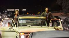 Travis Manawa (Cliff Curtis) e Madison Clark (Kim Dickens) no Episódio 1 / Photo by Justin Lubin/AMC