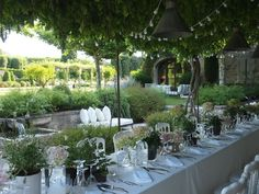 Summer Party In Provence - Vicki Archer // http://vickiarcher.com/2015/07/summer-party-in-provence/