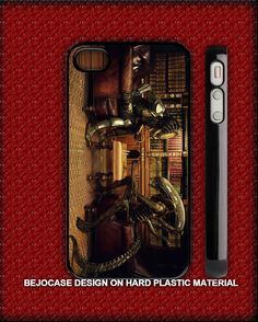 Alien vs Predator chess for iphone 5 and iphone 4/s case