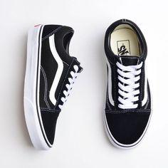 Tênis Vans Old Skool Black White VN000D3HY28--#Genel
