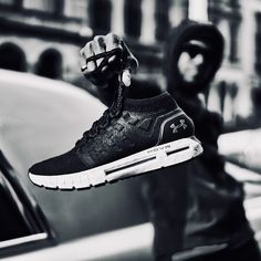 In 1996 Under Armour was born in Washington D.C. @underarmour @underarmourau @underarmourwomen @underarmouruk @undercover_lab #sneakers #sneakerdesign #sneakercraft #sneakerhead #sneakerfreaker #sneakercon #sneakeraddict #sneakerlab #sneakerhub #sneakergame #ua #underarmour #underarmoursneakers #underarmourwomen #underarmourshoes #underarmourfootball #art #design #photography #creative #aesthetics