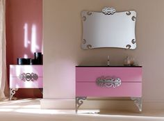 I think this would be really great for a little girl or young teenagers bathroom