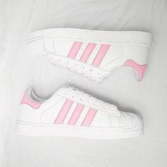 super popular ce9e9 d52c6 Rosas, Zapatillas, Tenis, Zapatos Negros Adidas, Juego De Zapato, Nmd Adidas