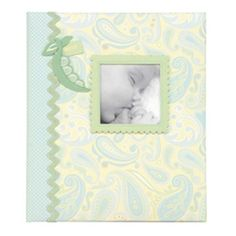 "IDEA: Need to do a ""sweet pea"" page in LO's scrapbook... (CR Gibson Jack Loose-leaf Baby Memory Book)"