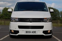 Sweet Looking In White Vw Transporter Van, Vw T5 Campervan, Vw Syncro, T4 Camper, Car Volkswagen, Volkswagen Beetles, Vw T5 Forum, Vw Vans, Butterfly Dragon