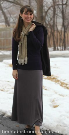 Modest Monday and a link up!   themodestmomblog.com