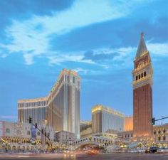 las vegas hotels close to the venetian