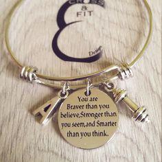 Pulsera Motivacion You are Braver than you believe..Dumbbell & Initial letter.Bracelet,Crossfit,Fitness,Gym,Personalized Gift,Motivation Wod de CrosseFitDesign en Etsy