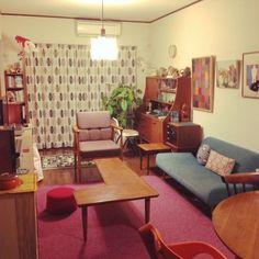 アンティーク/賃貸/北欧/Overviewのインテリア実例 - 2015-02-01 09:08:11   RoomClip(ルームクリップ) Apartment Interior, Room Interior, Interior Design, Room Inspiration, Interior Inspiration, Japan Interior, Retro Living Rooms, Small Room Decor, Retro Home