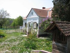 Cserépmadár Szállás | Velemér, Weekend House, Travelogue, Traditional House, How Beautiful, Hungary, Countryside, Farmhouse, Exterior, Country Homes