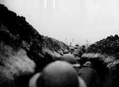Official photograph taken of the British Western Front. A raiding party waiting for the word to go. Battle Of The Somme, Flanders Field, War Photography, Lest We Forget, The Old Days, Interesting History, World War I, Wwi, Old Things