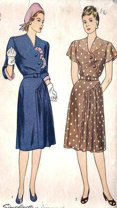 Womens Plus Size One Piece Dress. Love the scalloped edging of the dress.B… – 2019 - Vintage ideas Vintage Dress Patterns, Clothing Patterns, 1940s Dresses, Vintage Dresses, 1940s Fashion, Vintage Fashion, Fashion Women, Retro Outfits, Vintage Outfits