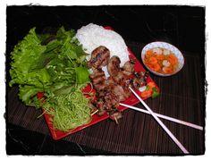 Bun Cha - plat typiquement vietnamien - Guide Voyage Vietnam