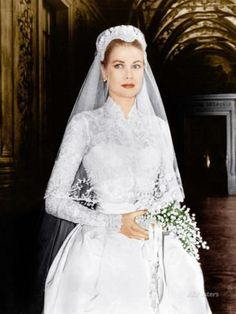 52 ideas wedding dresses lace sleeves grace kelly for 2019 Famous Wedding Dresses, Royal Wedding Gowns, Royal Weddings, Bridal Dresses, Princess Grace Wedding Dress, Romantic Princess, Vintage Princess, Princess Dresses, Princess Kate