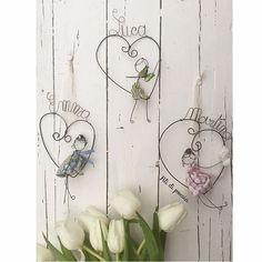 236 Likes, 16 Comments - Daniela Corti Crafts To Sell, Easy Crafts, Diy And Crafts, Arts And Crafts, Wire Crafts, Paper Crafts, Sculptures Sur Fil, Wire Coat Hangers, Wire Flowers