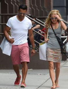 Happy together: Kelly Ripa looks delighted on a sunny New York outing with husband Mark Consuelos Kelly Ripa Mark Consuelos, Michael Strahan, New Wardrobe, Wardrobe Ideas, Tv Presenters, Perfect Couple, Summer Looks, Celebrity Style, Short Dresses
