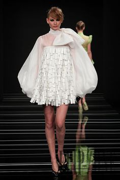 Georges Hobeika Fall-winter 2009-2010 - Couture - http://www.flip-zone.com/georges-hobeika-994