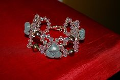 A jewel handmade,