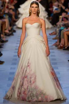 Truly Zac Posen Wedding Dress