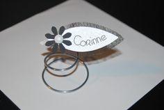 Marque-place mariage original noir et blanc : Autres papeterie par ateliers-ross-art