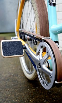 Belt Detail Milk Bikes - Wood guards, cool pedals!
